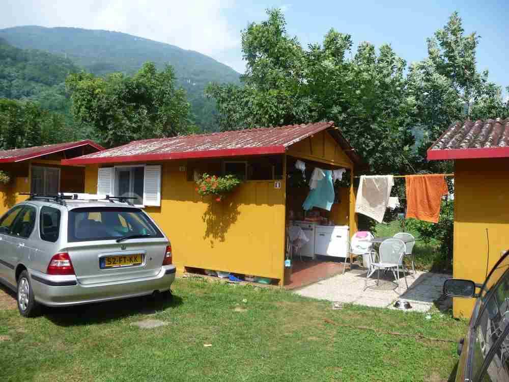 Outdoorküche Camping Ground : Hütten mit gemeinschaftsbad und outdoor küche camping hotel au